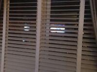2 sets white venition blinds