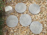 5 Celtic Knot Design Concrete Stepping Stones – Garden Ornaments
