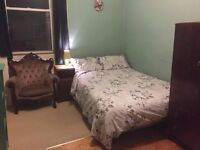 Warm bright double room in friendly carefully modernised traditional tenement flat (GCH, DG, etc.)
