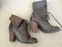 Ladies leather lace up fashion ankle boot size uk 3, brown