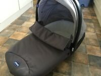 Chicco pram Top with Handle as new with mattress