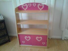 Little girls bookcase
