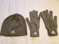 Adidas women hat and gloves set