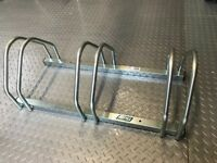 Mottez 3-Bike Cycle Bicycle Storage Floor Stand Rack Holder Metal Construction
