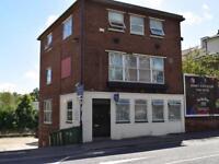 4 bedroom flat in 10 New Road, Southampton,