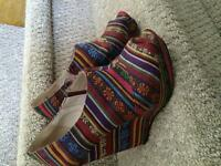 Almost new Kate and Mel wedges size8