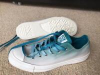 Blue/Teal Fade Converse BN Size 4.5