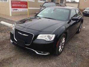 2015 Chrysler 300 Touring Limited AWD  - NO Payments and No Inte London Ontario image 9