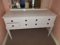 Large chest of drawers/dresser