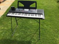 YAMAHA PSR220 Keyboard, complete with Stand