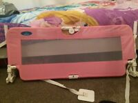 Baby start pink bed guard