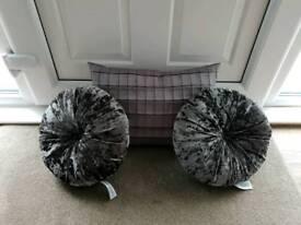 Next cushion bundle
