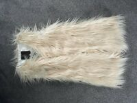 Gilet woman's cream fake fur shaggy brand new size XS 8/10