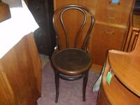 Fine Vintage Antique Iconic Hoop Back Beech Bentwood Cafe Bistro Chair