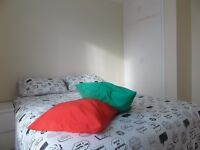 NEED TO MOVE NOW???!!!DOUBLE ROOM IN BROMLEY BY BOW!!SPRING PROMOTION: NO DEPOSIT!!!!