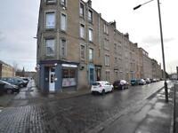 3 bedroom flat in Ogilvie Street, Dundee,