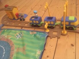 Happyland Train set, stations and people