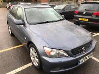 Lexus is200 SPORTCROSS. LADY OWNER FROM NEW. SATNAV LEATHER