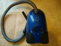 Samsung compact vaccuum cleaner