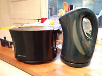 blue kettle and toaster