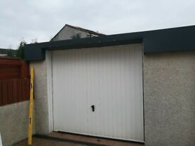 White Cardale Garage Door