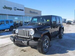 2016 Jeep WRANGLER UNLIMITED Jeep Wrangler Sahara Unlimited