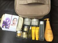DECLEOR HUGE LOT HYDRA WITH TOILET BAG