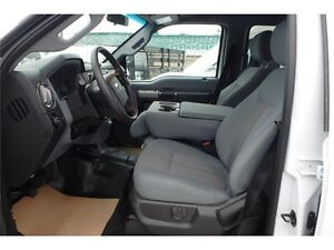 2015 Ford Super Duty F-350 SRW XLT 8' Flat Deck, 6.2L V8 Gas Edmonton Edmonton Area image 2