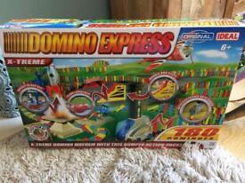 Domino express game