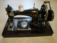 'Vickers' 1920's Deluxe Hand Cranked Sewing Machine.