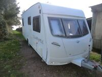 Lunar Zenith 4 berth fixed bed 2007 touring caravan with full Awning