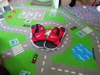 Nike sandals 5.5