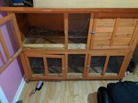 Selling large rabbit hutch
