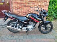 2014 Yamaha YBR 125 motorcycle, long MOT, very good runner, learner bike, very good condition