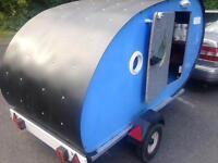 Teardrop trailer caravan
