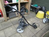 MOTOCADDY S1 DIGITAL ELECTRIC GOLF TROLLEY,NEW 22AH BATTERY,CHARGER.
