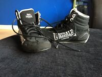 Lonsdale boxing trainers/boots