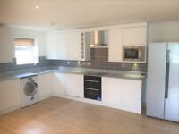 NEWLY BUILT MODERN 1 BED APARTMENT TO RENT IN HAROLD WOOD FOR £1000PCM ALL BILLS EXCLUDED!!