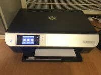 HP Envy 5530 Printer and Scanner with ink cartridge - Excellent working condition