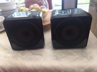 Set of speaker