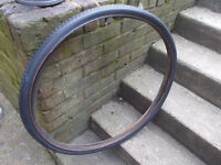 Rare michelin wold tour tyre and tube 700x 35b or 28 x 1 1/2 inches (35-635)