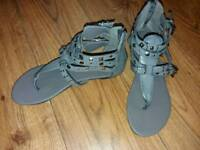 Grey cuffed sandles size 4 new without tags
