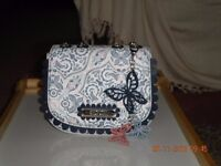 Floozie handbag only used once