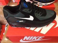 Nike air max trainers 7-11