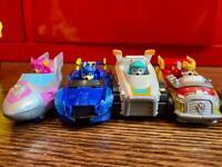 7x various paw patrol toys
