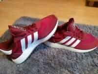 Adidas Iniki (I 5923) runner boost in red/burgundy size 6