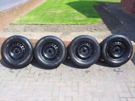 VOLKSWAGEN GOLF MK5 WHEELS & TYRES 195 65 15. 2 TYRES NEARLY NEW