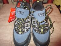Ladies Walking Shoes/Boots, size 4