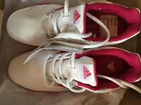 Adidas AltaRun children size 4 trainers