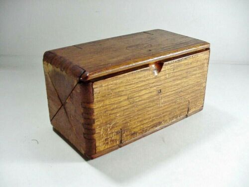 VINTAGE OAK DOVETAILED WOOD FOLDING SEWING BOX SINGER SEWING MACHINE PAT. 1889